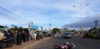 Dân bao vây, đập phá xe khách sau khi xảy ra tai nạn chết người