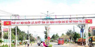 Chư Sê: Chỉnh trang đô thị đón Tết