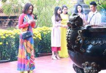 Người dân đi lễ tại chùa Minh Thành (TP. Pleiku). Ảnh: Ngọc Sang