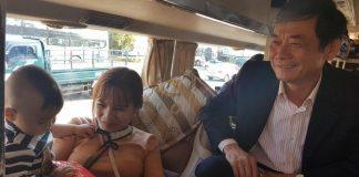 Những hành khách cuối cùng từ Gia Lai về Hà Nội được nhận lì xì