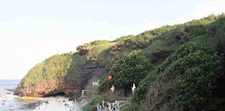 Một góc chùa Hang Câu. Ảnh: Lê Văn Nhung