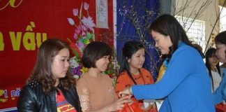 Đẩy mạnh công tác chăm lo sức khỏe cho nữ CNLĐ