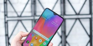 Có nên mua Galaxy M20?