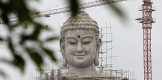 Cận cảnh tượng phật lớn nhất Đông Nam Á đang xây tại Hà Nội