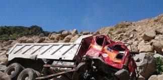 Sạt lở núi đá khiến xe ben lao xuống vực, tài xế tử nạn thương tâm