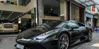 Soi Lamborghini Huracan LP610-4 màu đen độc nhất Việt Nam