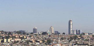 Nhà chọc trời cạnh khu ổ chuột ở đất nước bất bình đẳng nhất thế giới