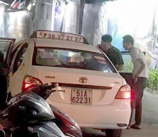 Tài xế taxi nghi bị cướp cắt cổ ở Sài Gòn