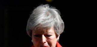 Thủ tướng Anh Theresa May nghẹn ngào thông báo từ chức