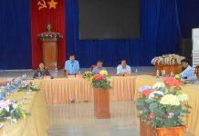 Bí thư Tỉnh ủy Dương Văn Trang cùng đoàn công tác làm việc với Thường trực Huyện ủy và các ngành của huyện Phú Thiện. Ảnh: Đức Phương