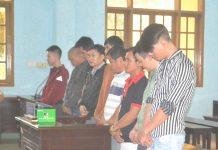 Các bị cáo tại phiên tòa sơ thẩm. Ảnh: Hoàng Minh