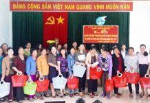Hội LHPN Ia Grai hưởng ứng phong trào bằng việc tặng giỏ nhựa đi chợ cho các hội viên nhằm giảm sử dụng túi nilon và sản phẩm nhựa dùng một lần trong sinh hoạt của hội viên