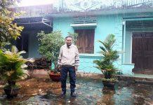 Ngôi nhà của gia đình bà Nguyễn Thị Tố Nga đã xuống cấp nhưng không được phép xây mới vì nằm trong vùng dự án. Ảnh: N.T