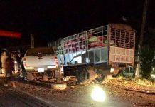 2 chiếc xe bị tai nạn giữa đêm khuya. Ảnh: V.N