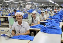 Vietnam's yarn, textile and garment industry: Why do things stand on the brink of bankruptcy?