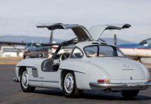 Cận cảnh mẫu xe Mercedes-Benz hơn 60 năm tuổi vẫn bán 23 tỷ đồng