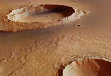 Phát hiện sốc về hồ nước trên sao Hỏa