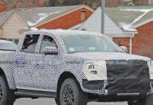 Ford Ranger Raptor thế hệ mới lần đầu bị lộ ảnh chạy thử