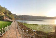Khung cảnh đẹp tựa tranh vẽ nơi thung lũng dọc hành lang bảo vệ Biển Hồ. Ảnh: Phương Vi