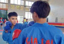 Võ sĩ Thái Quốc Tấn tập luyện với đồng đội ở đội tuyển Vovinam tỉnh. Ảnh: Thiên Di