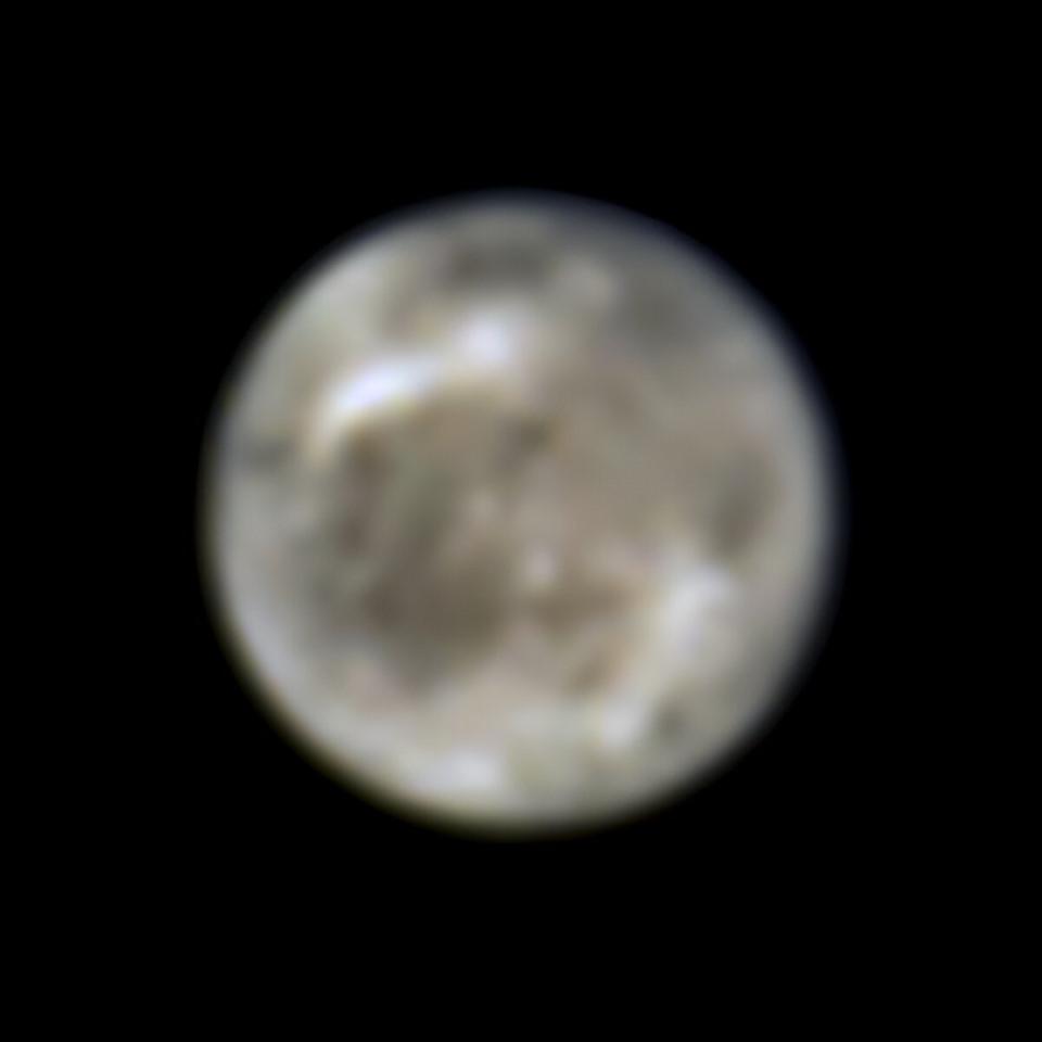 Mặt trăng Ganymede của sao Mộc qua quan sát bằng kính thiên văn Hubble của NASA năm 1996. Ảnh: NASA