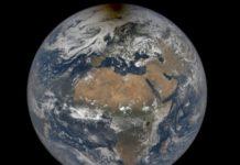 NASA chia sẻ hình ảnh bóng mặt trăng ở Bắc Cực trong nhật thực